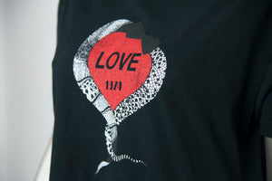 Saint Laurent T-shirt nera con stampa cuore rosso - Tg. M