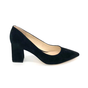 The Block Heel Pointed Pump in Black