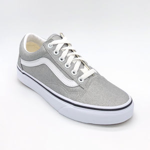 Old Skool - The Vans Lace Sneaker in Silver