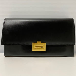 The Leather Clutch in Black