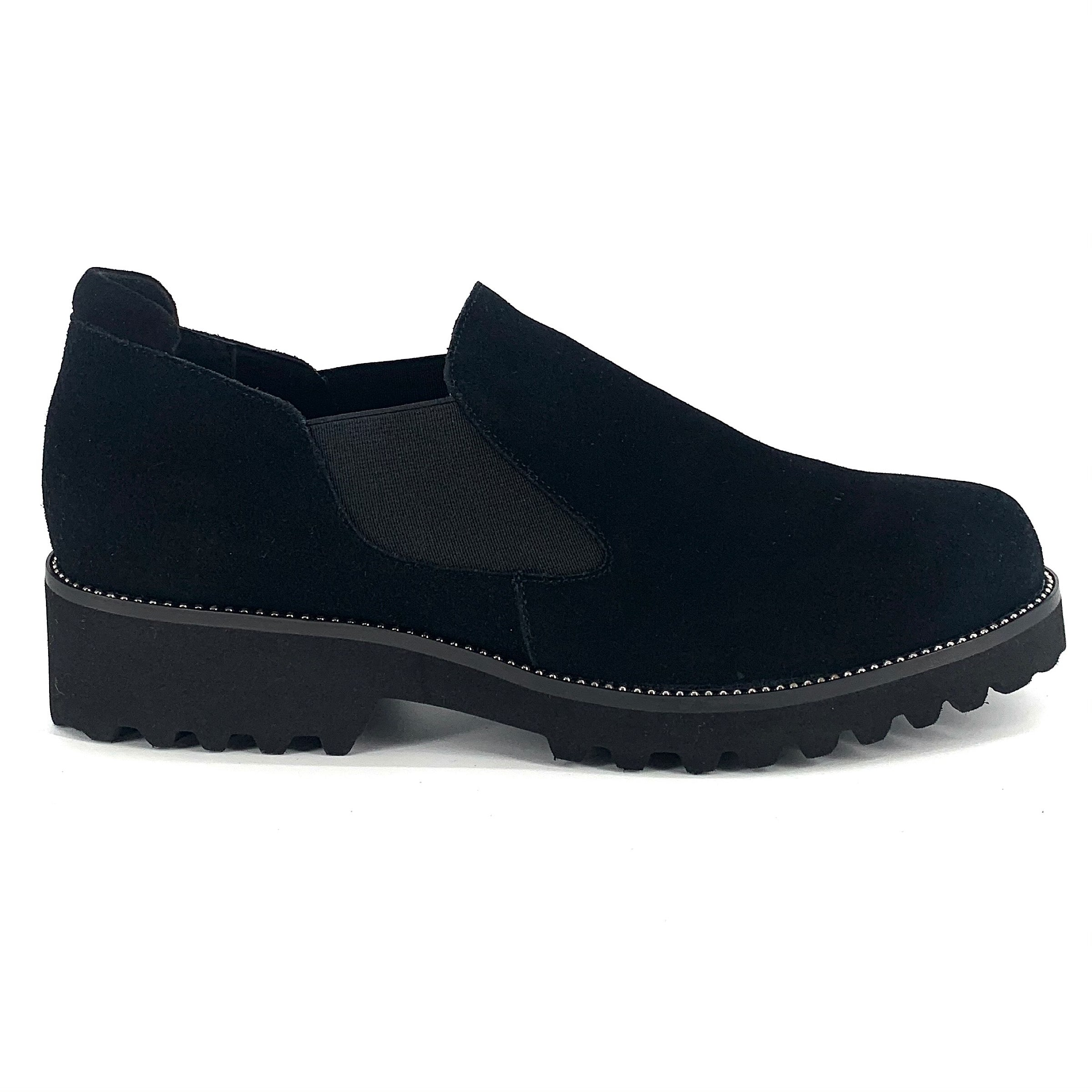 The Weatherproof Slip-On With Ball Chain in Black