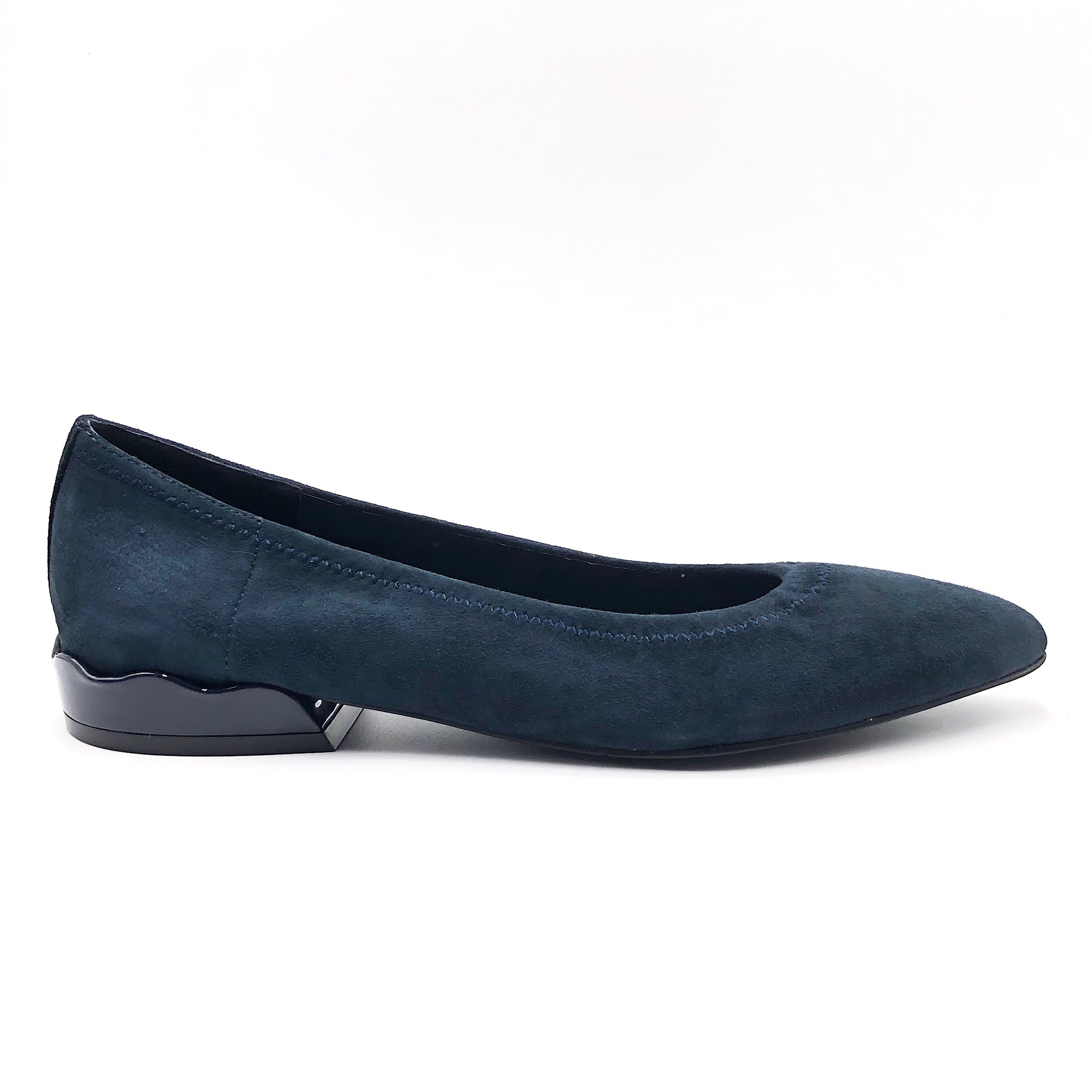 The Scallop Heel Flat in Navy