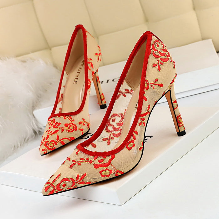 Banquet wedding shoes fine heel flowers lace high heels