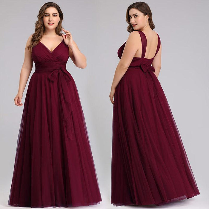 Plus size bridesmaid V-neck gauze dress