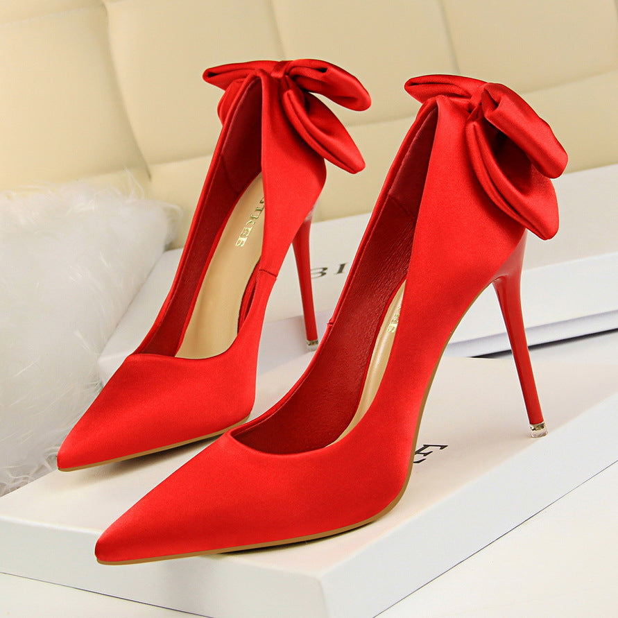 Sweet high-heeled shoes with slim silk bow shoes