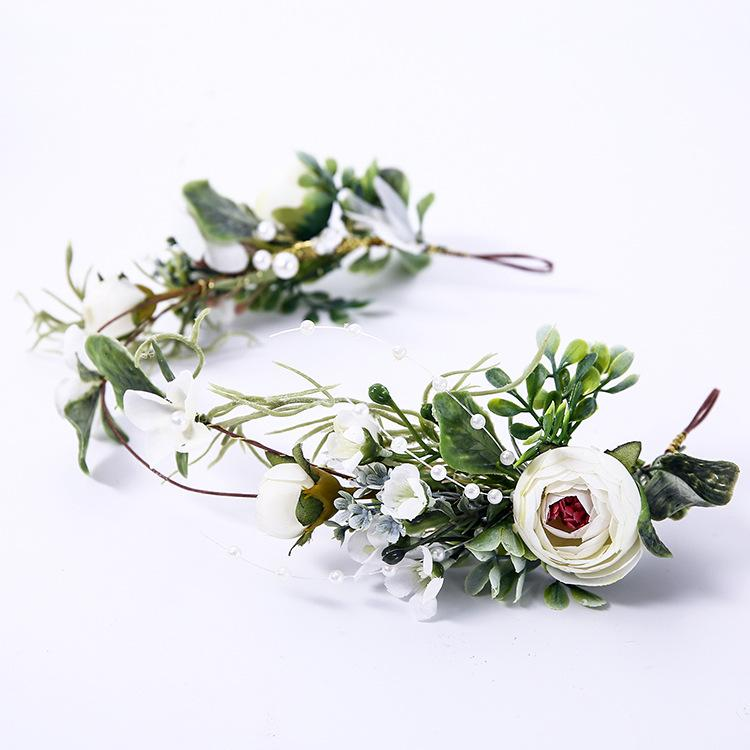 Ivory flower crown. Bridesmaid flower crown. Bridal flower crown, Wedding flower crown, Flower headband. Bridal Headpiece, flower girl crown