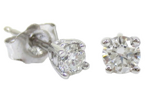 Diamond Stud Earrings - 14K White Gold - 0.20cts T.W