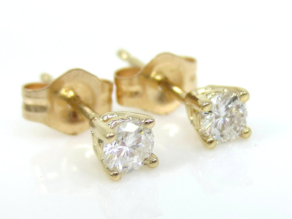 Diamond Stud Earrings - 14K Yellow Gold - 0.20cts T.W