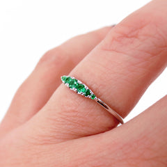Seven Stones Graduated Tsavorite Ring - 18K White Gold