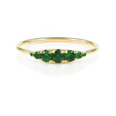 0.27cts  Seven-Stones Graduated Tsavorite Ring - 18K Yellow Gold