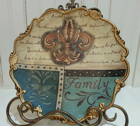"Fleur De Lis Ceramic Scallopped Edge ""FAMILY"" Decorative Plate"