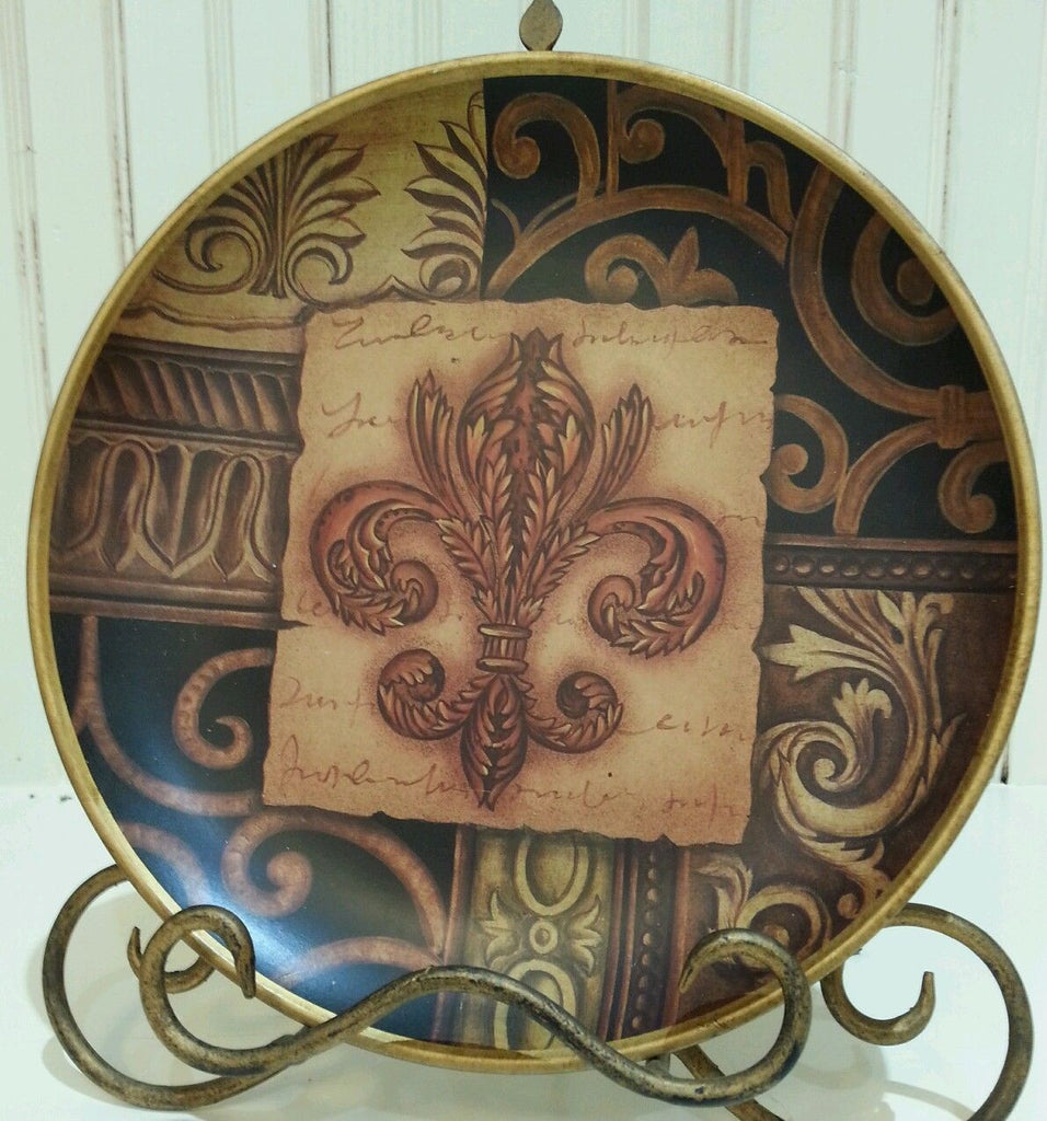 Fleur De Lis Ceramic Round Center Emblem Decorative Plate, Design 2