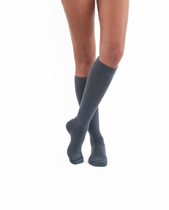 JOBST® ACTIVEWEAR KNEE HIGH COMPRESSION SOCK 20-30 mmHg