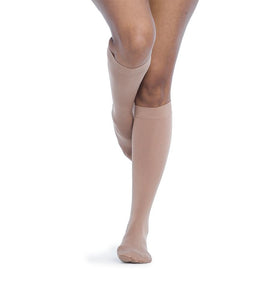 SIGVARIS Womens SOFT OPAQUE 840 Calf 20 30mmHg