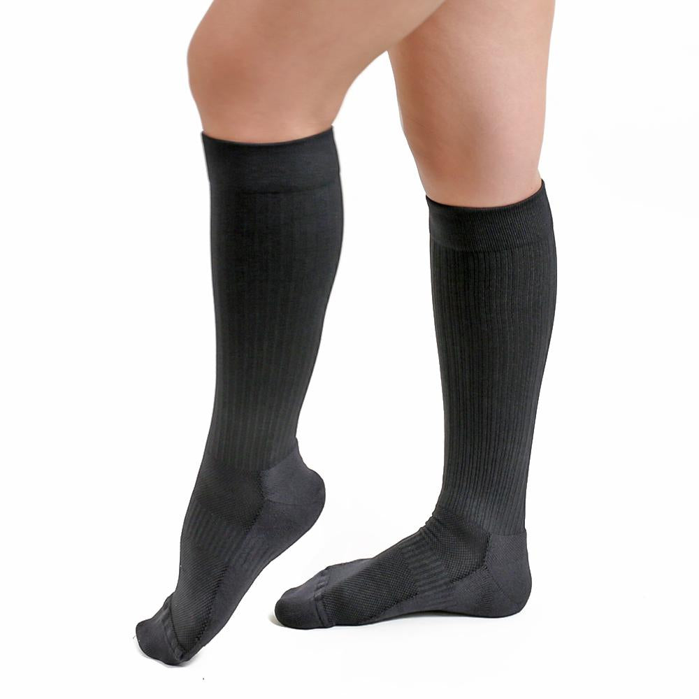knee high compression socks with cushioned sole