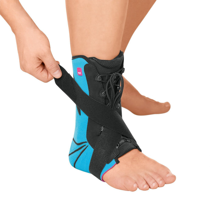 Levamed Active Stabili-Tri Ankle Support