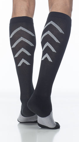 Athletic Recovery | Calf High Compression Socks | 15-20 mmHg