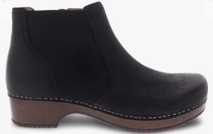 dansko women's black low bootie