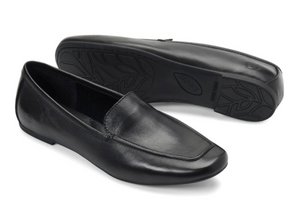 Born women's black loafer