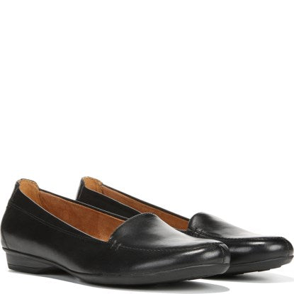 Naturalizer Saban  Black Loafer