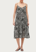 Load image into Gallery viewer, Giovanni Leopard Dress in Blue