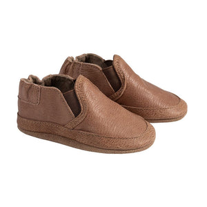 Simple brown soft kids easy on shoes with elastic side panels