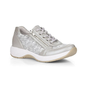 R8912 Lace-Up Sneaker