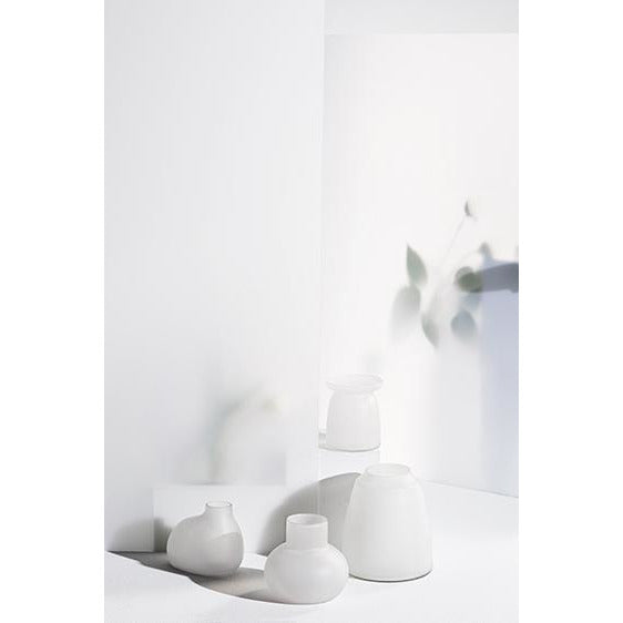 ZAKKIA Tapered Vase - Frost