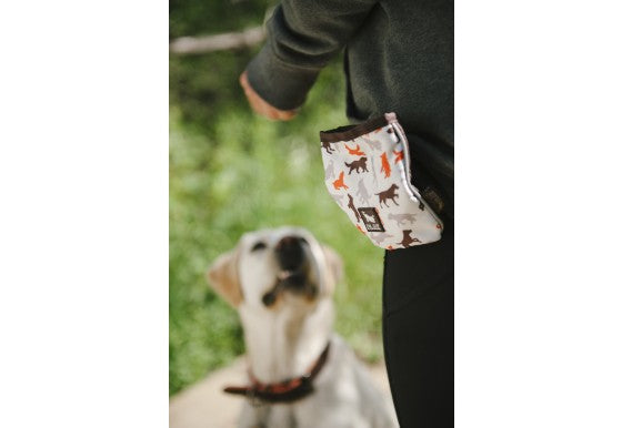 P.L.A.Y Pet Compact Training Pouch for Dogs, Vanilla