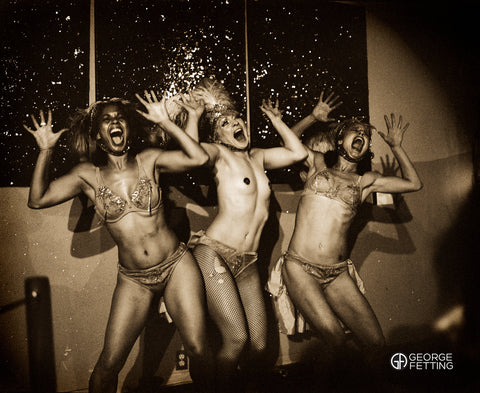 The girls hit a high note Burlesque Club Chelsea
