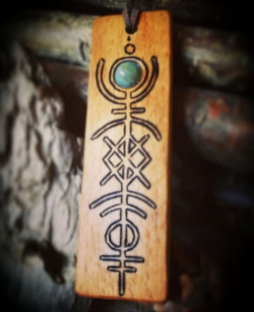 Oak Bind Rune Pendant ~ Stone Inlay