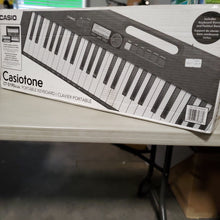Load image into Gallery viewer, Casiotone CT-S195scab Portable Keyboard