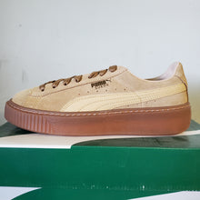 Load image into Gallery viewer, Puma Women's Suede Platform Core