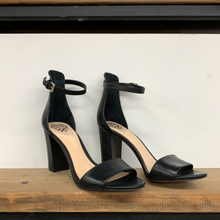 Load image into Gallery viewer, Coralina High Heel shoe