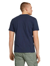 Laden Sie das Bild in den Galerie-Viewer, t-shirt overdyed with print - 1026017