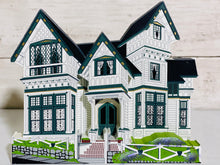 Load image into Gallery viewer, Shelia's Collectible Houses