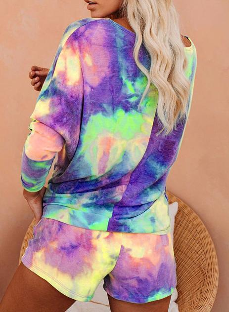 Hot Tie-dyed Off Shoulder T-shirts and Shorts Two Sets