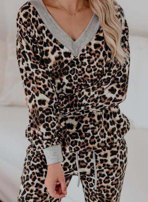 V-neck Soft Fall Long Sleeve Leopard Hoodie and Pant Suits