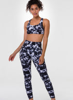 Load image into Gallery viewer, Black and White Women Sport Bra ans Legging Set