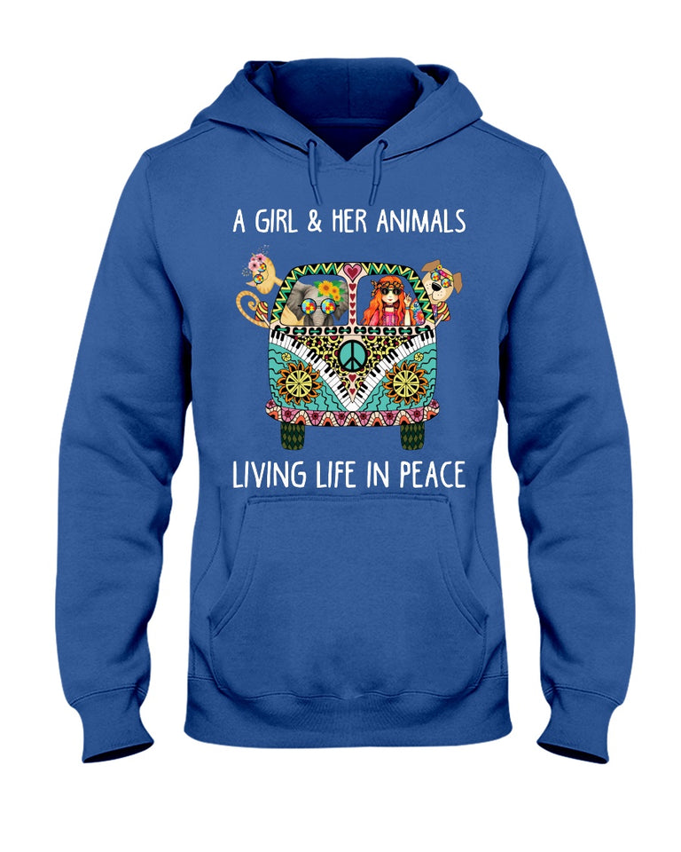 Girl and her animal living life in peace hippie T-shirt & Hoodie
