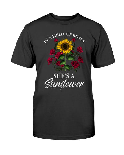In field of roses she is a sunflower hippie T-shirt & Hoodie