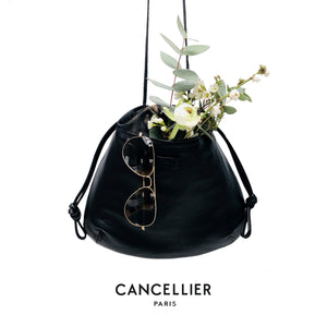 CHLORIS DARK CAMOUFLAGE, réversible bag in black french nappa leather and dark camouflage fabric