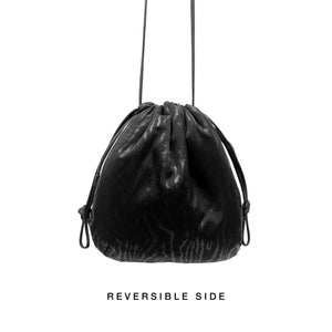 CHLORIS MOIRÉ, réversible bag in black french nappa leather and black silk moirée