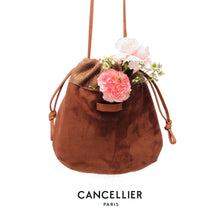 Load image into Gallery viewer, CHLORIS SUÈDE&STRAW, réversible bag in caramel suède leather and caramel soft straw