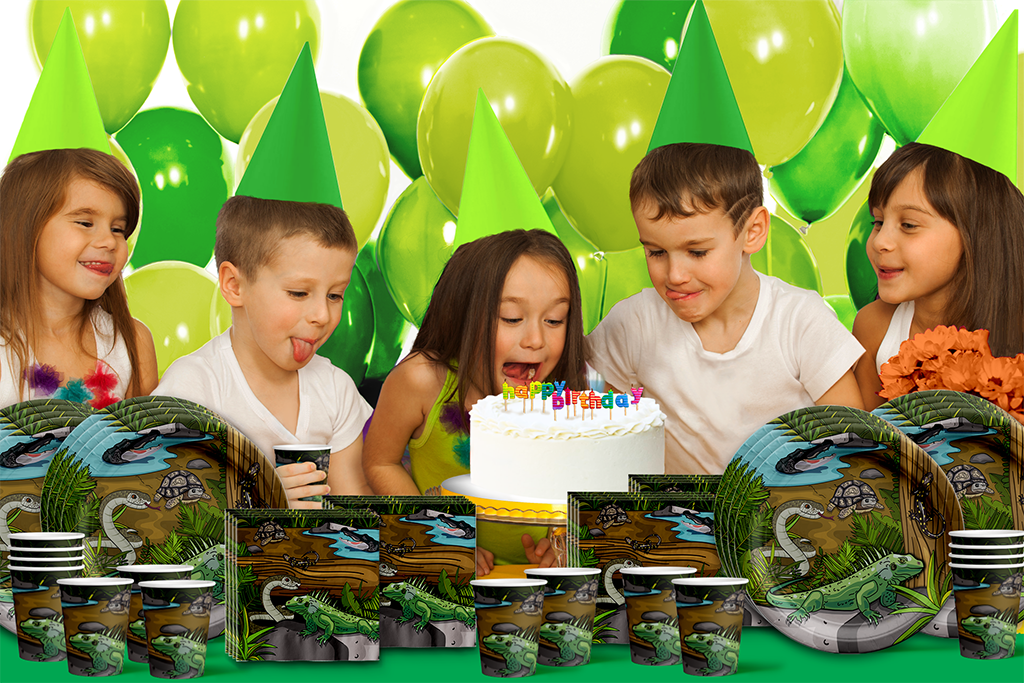 Reptile Birthday Party Tableware Kit For 16 Guests - BirthdayGalore.com