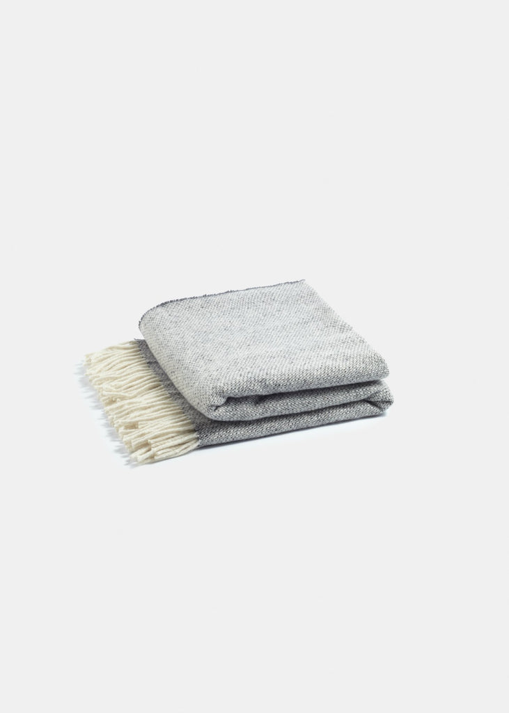 Premium Merino Wool Throw Charcoal - YUYU Sustainable Home Goods