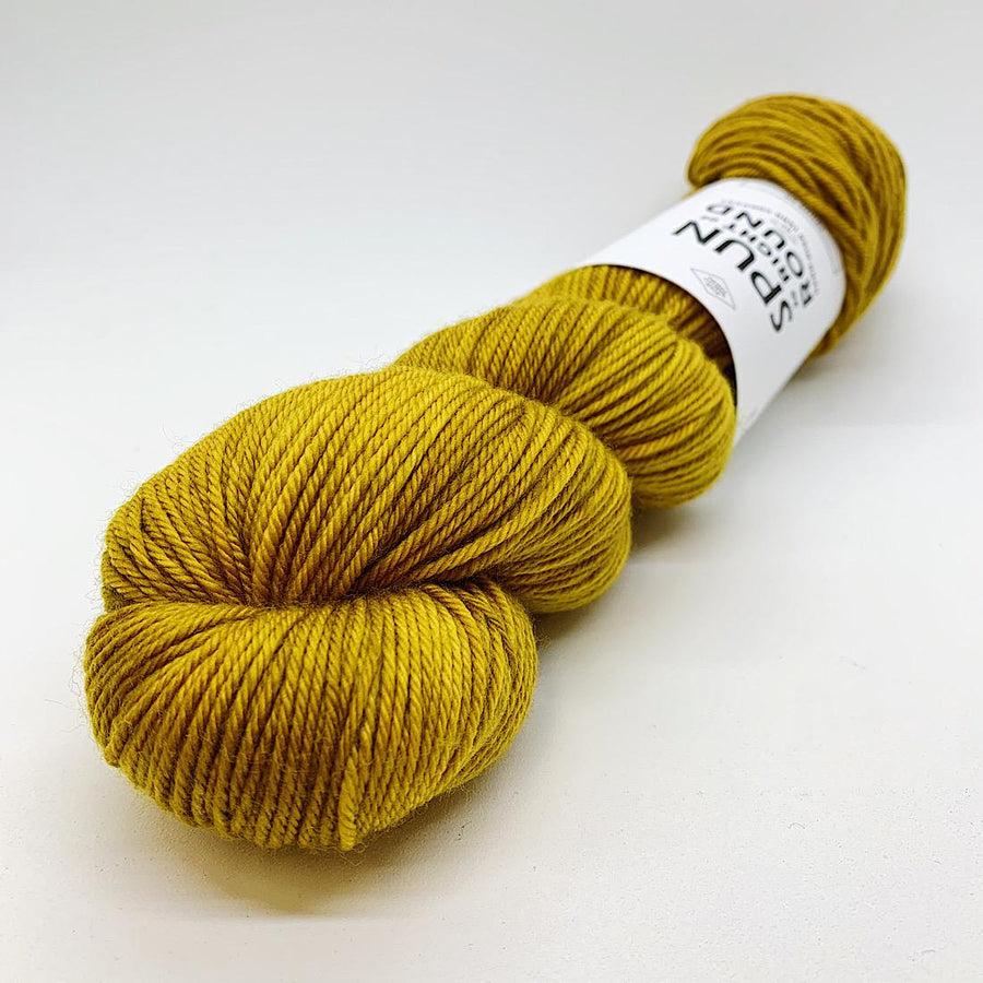 Spun Right Round-Squish DK-Call Me Ale
