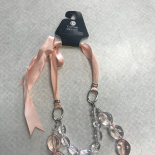 Primary Photo - BRAND:    CLOTHES MENTOR STYLE: NECKLACE COLOR: LIGHT PINK SKU: 313-31344-8702