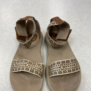 Primary Photo - BRAND: TEVA STYLE: SANDALS FLAT COLOR: TAN SIZE: 8.5 SKU: 313-31352-1133