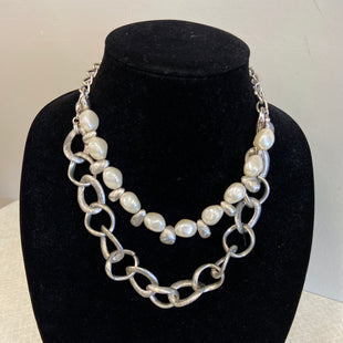 Primary Photo - BRAND: PREMIER DESIGNS STYLE: NECKLACE COLOR: PEARL SKU: 313-31344-18885
